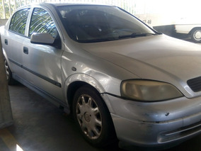 Chevrolet Astra Comfort 1.8 (2002) Automático (caja Dañada)
