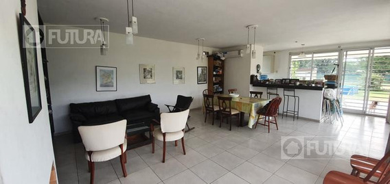 Casa En Venta En Roldán - Dos Dormitorios 900m2 De Parque