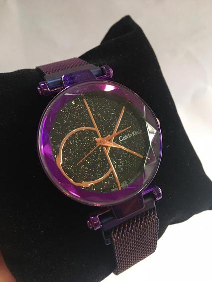 Relógio Ck Roxo Com Brilho Pulseira Imã Similar