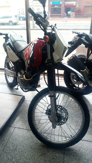 Suzuki Dr X 200 2021 - Financiable
