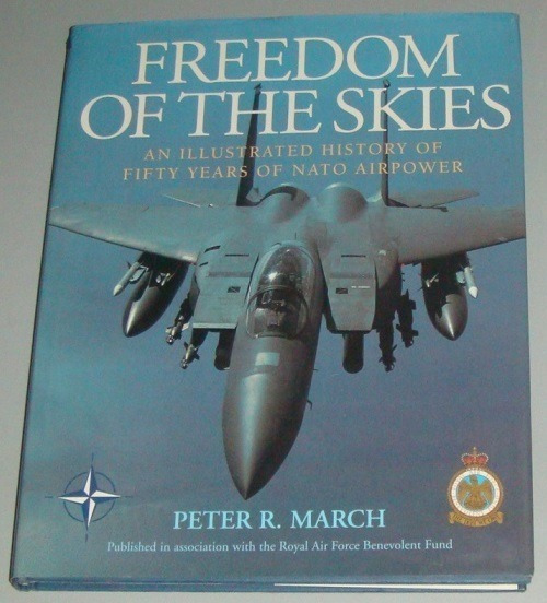 Avião - Livro Freedom Of Skies - Illustrated History Nato