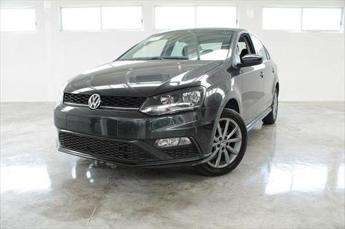 Imagen 1 de 13 de Volkswagen Vento Comfortline Plus L4 1.6l Abs Ba Ac Tm 2020