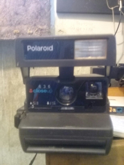 Câmera Fotográfica Antiga Polaroid 636 Closeup