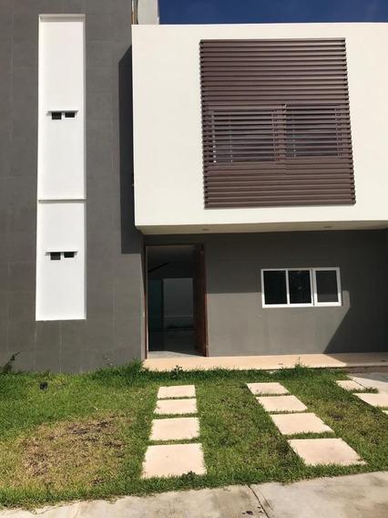 Casa En Renta Res Aqua 2 Rec + Estudio (3er Rec) 2.5 Baños 190 M² Sin Muebles