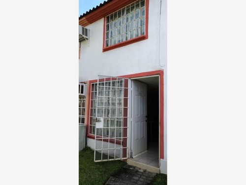 Casa Sola En Venta Fracc. Joyas Del Marqués