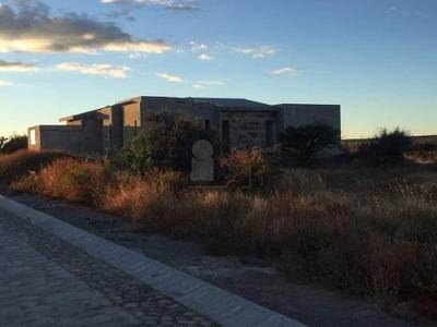 Casa En Venta En Residencial Puerta Luna, Col. Cañada De Ricos/ Lagos De Moreno (jalisco)