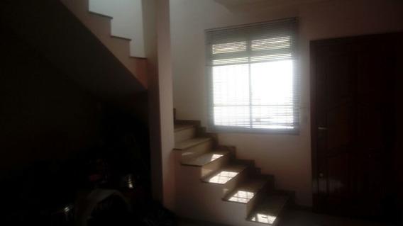 Jd Leblon ! Casa Geminada - 2/4 - Garagem