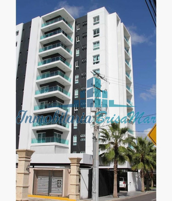 Se Renta Apartamento En La Esmeralda, Santiago