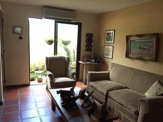 Casa En Venta Barquisimeto El Ujano, Lara. Al 20-2283