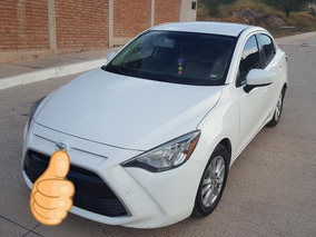 Toyota Yaris 1.5 R Le Mexicano
