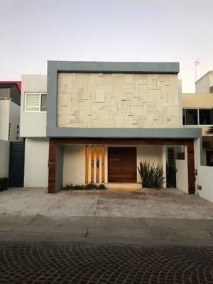 Casa En Venta Cumbres Del Lago