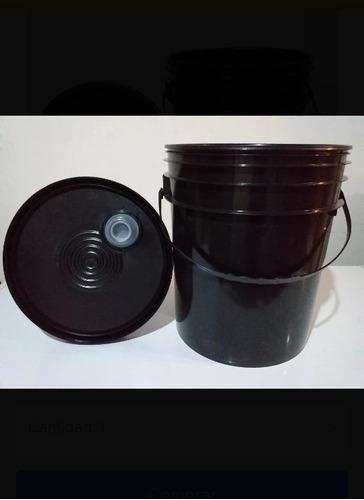 Tobos Plasticos Cuñetes Con Tapa,.5 Galones.(nuevos)