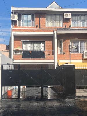 Casa Triplex 3-dorm-4baños-3-cocheras-230mts-
