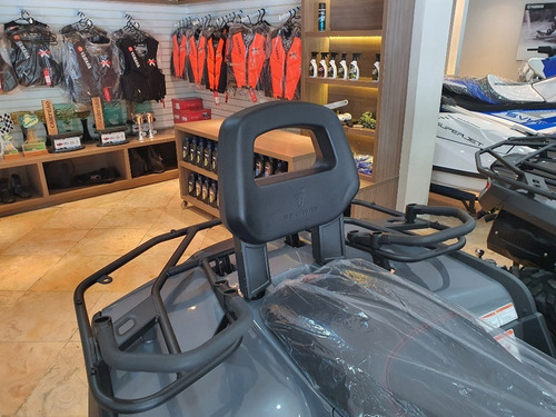 Imagem 1 de 5 de Quadriciclo Can Am Segway Snarler 570 Automatico Polaris 4x4