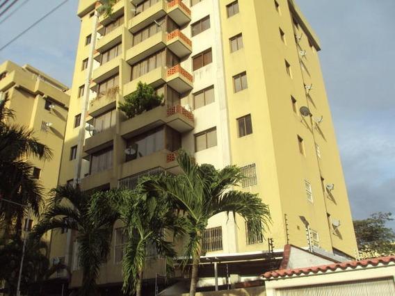 Bello Apartamento Venta La Soledad Macaray Nb 19-7928