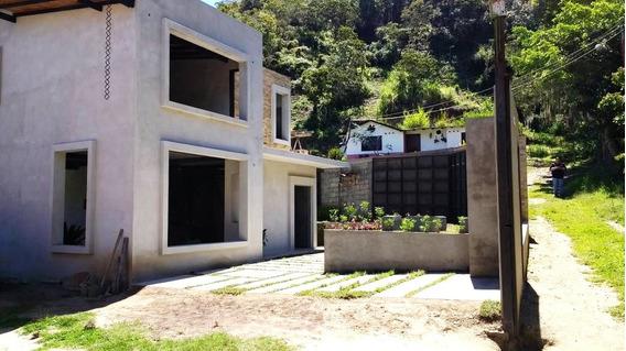 Hermosas Casas A La Venta En Mucunutan Tabay- Merida