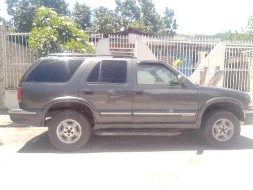 Imagen 1 de 5 de Chevrolet  Blazer  4x4