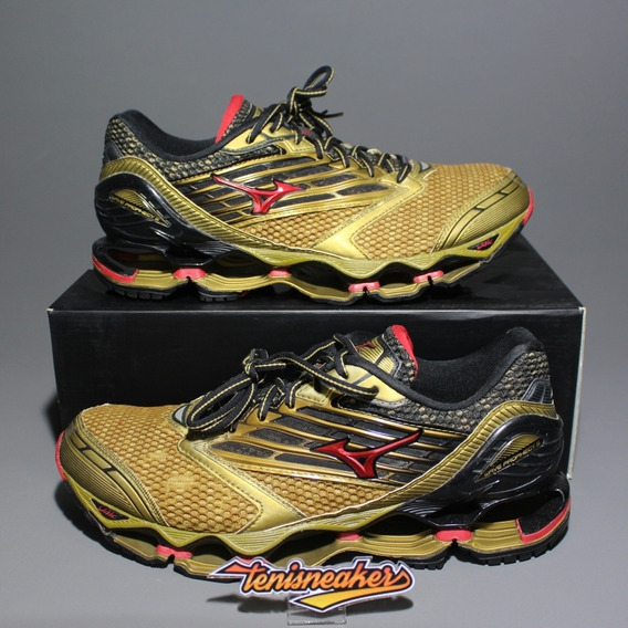 Tênis Mizuno Wave Prophecy 5 Gold Runners