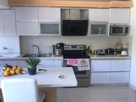 Apartamento En Meru Park 04144237195