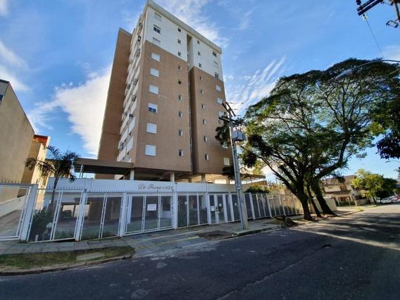 Apartamento Em Petrópolis Com 1 Dormitório - Rg5864