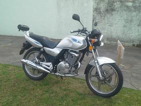 Suzuki En 125 2a (2013)