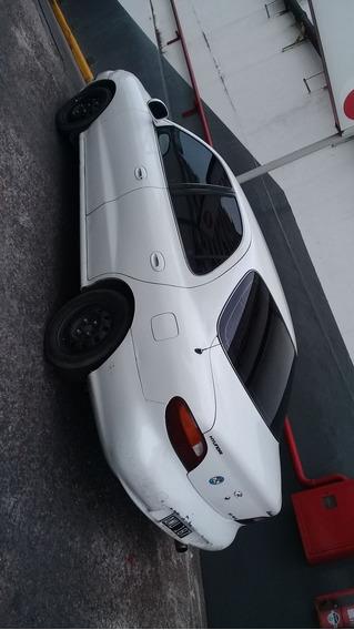 Hyundai Elantra 1995 1.8 Gls Nafta