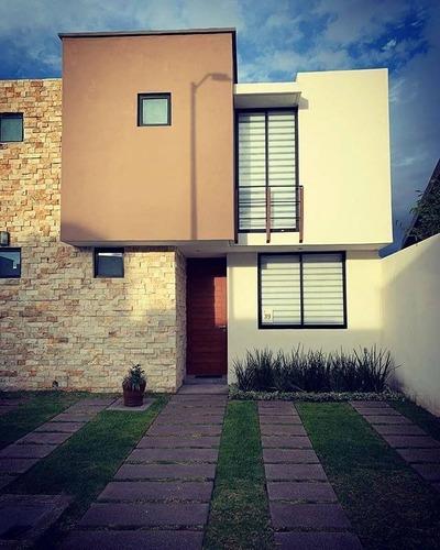 Hermosa Casa En El Pueblito Centro, 3 Recamaras, Alberca, Jardín, 2 Baños, Lujo