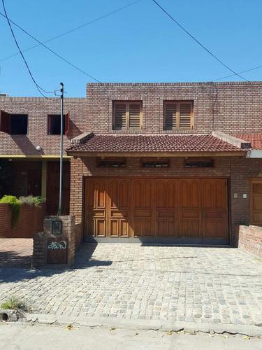 Casa En Venta De 3 Dormitorios, Villa Cabrera, Córdoba, Zona Norte