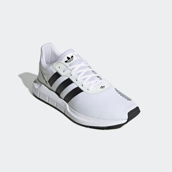 Tênis adidas Swift Run Rf Cloud White / Core Black Original