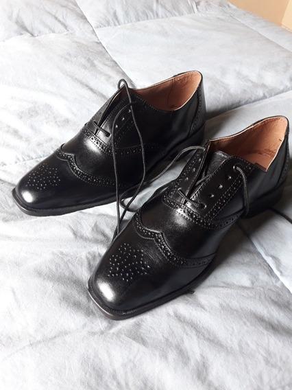 Zapatos De Vestir Nuevos En Caja Sin Uso. Talle 41 Negros