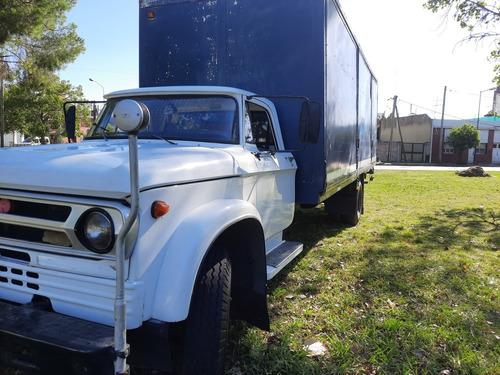 Dodge 82