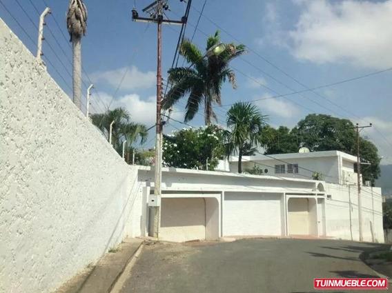 Casa, Urbanización Latinia, Puerto La Cruz.