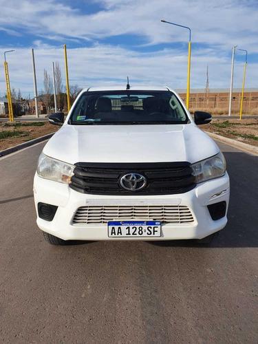 Imagen 1 de 13 de Toyota Hilux 2016 2.4 Cd Dx 150cv 4x2