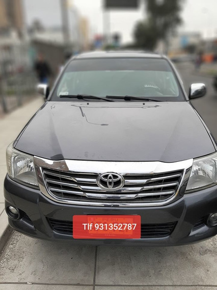 Toyota Hilux 4x4 Turbo Año 2014 /a/c
