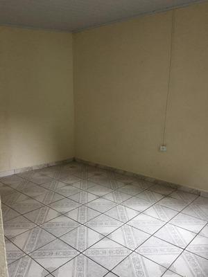 Casa Com 1 Dormitório Para Alugar, 40 M² Por R$ 550/mês - Centro - Diadema/sp - Ca0329