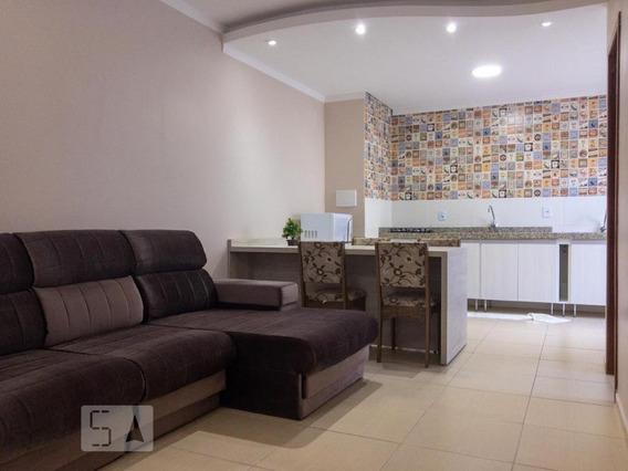 Apartamento Para Aluguel - Ingleses, 1 Quarto, 50 - 893069399