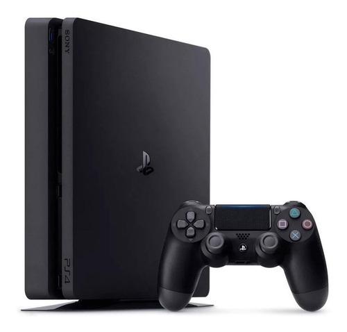 Imagen 1 de 3 de Sony PlayStation 4 Slim 1TB Hits Bundle: God of War/Gran Turismo Sport/Uncharted 4: A Thief's End color  negro azabache