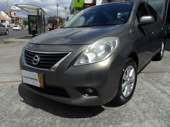 Nissan Versa Advance Automatico