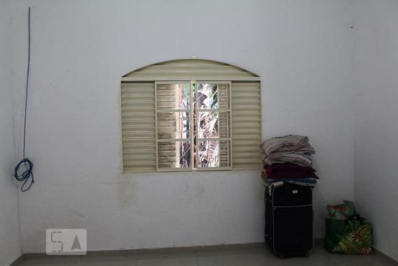 Casa Com 1 Dormitório E 1 Garagem - Id: 892970430 - 270430
