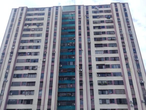 Apartamento En Venta Rhb19-11483