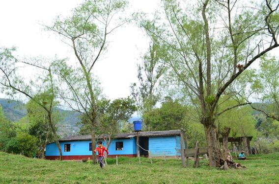 Casa Finca Semi Plana Fomeque 2100msnm Agua Natural