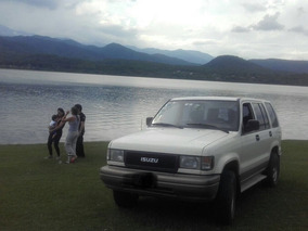 Isuzu Trooper 4x4 - Oportunidad