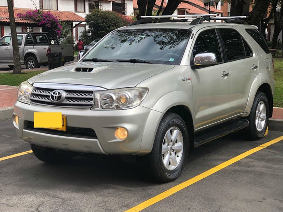 Toyota Fortuner Srv At 3000cc 4x4 Td