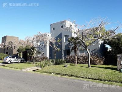 Mosquera Y Gallastegui - Excelente Casa En Talar Del Lago Ii