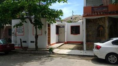 Casa Económica En Sector U, Huatulco, Oaxaca