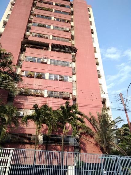 Apartamentos En Venta El Limón 0412-8887550