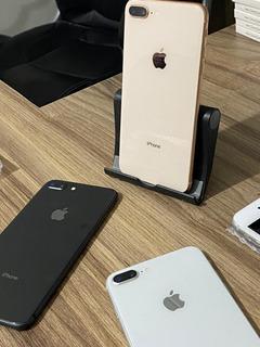 iPhone 8 Plus Vitrine 64gb