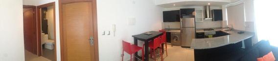 Apartamento En Alquiler En Piantini Amueblado