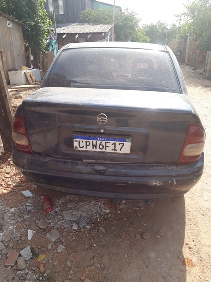 Chevrolet Corsa Sedan 1.6 16v 4 Portas
