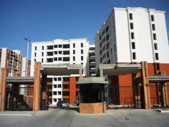 Apartamento En Venta Bosque Alto, Maracay 20-12941 Hcc